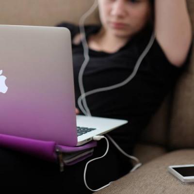 Child, White, Female, Laptop