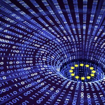 EU, Binary Data, Breach, Hole, Gravity